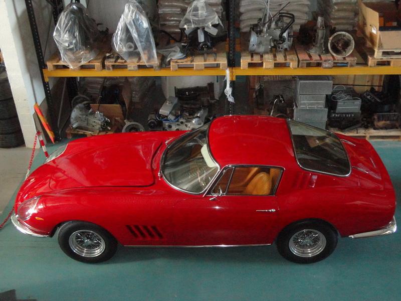 Ferrari 275 GTB 02