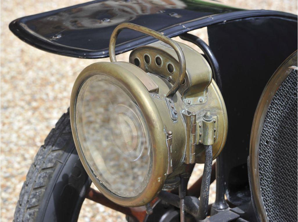Hotchkiss Type T Coupé 08