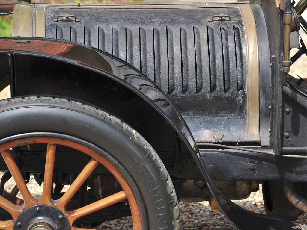 Hotchkiss Type T Coupé 09