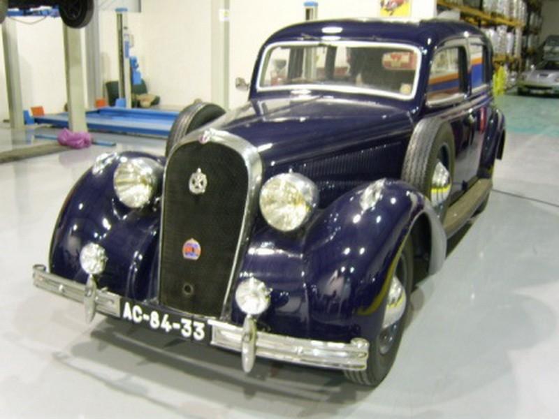 Hotchkiss 686 PN Chantilly 01