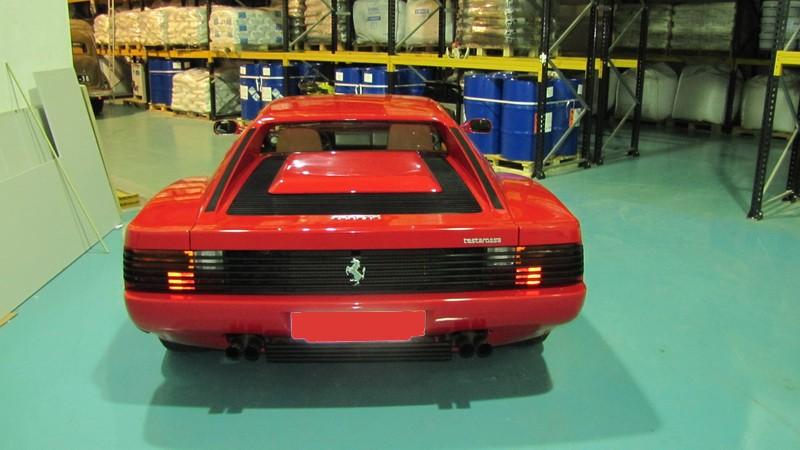 Ferrari Testarossa 02