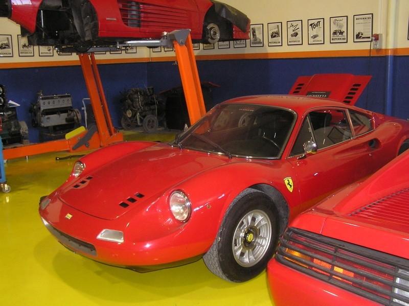 Ferrari Dino 246 GT 17